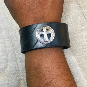 Leather Cuff with Silver Toned Cross
